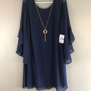 Chiffon shift dress bell sleeves with necklace